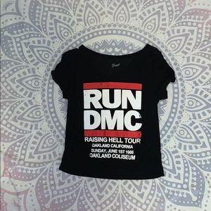 run dc tour crop top